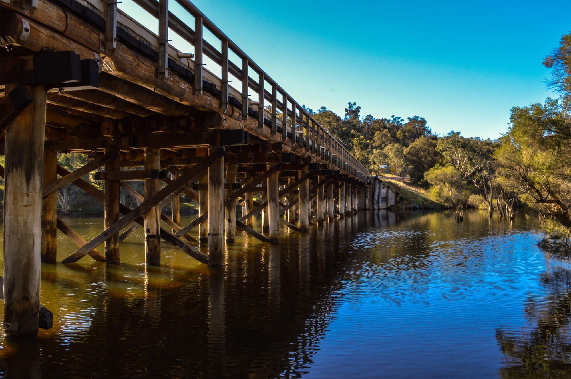 Tullis-Bridge-Boddington