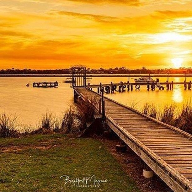 @brightwell_mazano_photography nailed it! A relaxing, picturesque sunset scene depicting all the golden hues of #Mandurah.Thanks for capturing another beautiful evening shot in Mandurah and the Peel region.#sunset #bestinthewest #visitmandurah #mandurah #seeperth #wanderoutyonder #thisiswa #westernaustralia