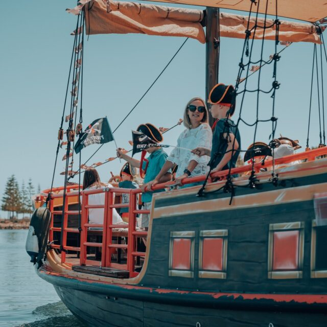Keep your kids entertained these school holidays and ride the famous Pirate Ship in Mandurah!   Book before 24 December and receive 10% off the 45 minute Pirate Cruise. Use promo code VISITMANDURAH10 when booking.     *Offer only valid for online bookings and through the Mandurah Visitor Centre.     To book, visit the link in our bio.   #MandurahMoment #VisitMandurah #WanderOutYonder #PerthIsOk #Mandurah