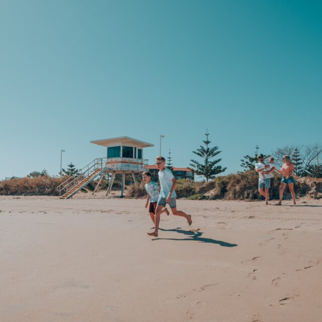 Check out our great accommodation packages and experiences on offer in Mandurah to make your summer more memorable.  Check out all our summer holiday deals plus things to see & do through the link in our bio.   #MandurahMoment #VisitMandurah #WanderOutYonder #PerthIsOk #Mandurah